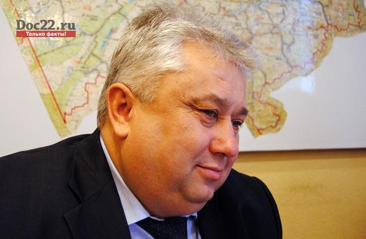 Doc22.ru Василий Мотуз: В общей сложности работы будут проведены на 162 дорожных объектах. Фото из архива Doc22