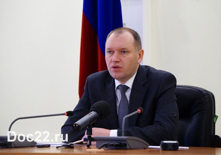Doc22.ru Владимир Притупов: На федеральном уровне принято решение о дополнительной поддержке регионов, не имеющих крупных бюджетных долгов. Фото из архива Doc22