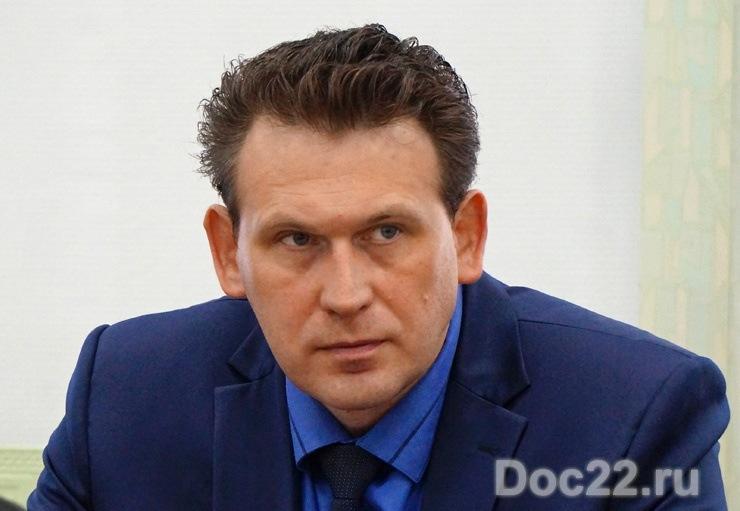 Doc22.ru Александр Дунец: С открытием прямого выхода на горную часть Алтайского и Солонешенского районов Белокуриха для туристов заиграет по-новому.
