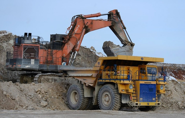 Doc22.ru Сибирь-Полиметаллы планирует в 2018 году инвестировать 2,7 млрд рублей в разработку Карболихинского рудника и реконструкцию Рубцовской обогатительной фабрики. Фото УГМК